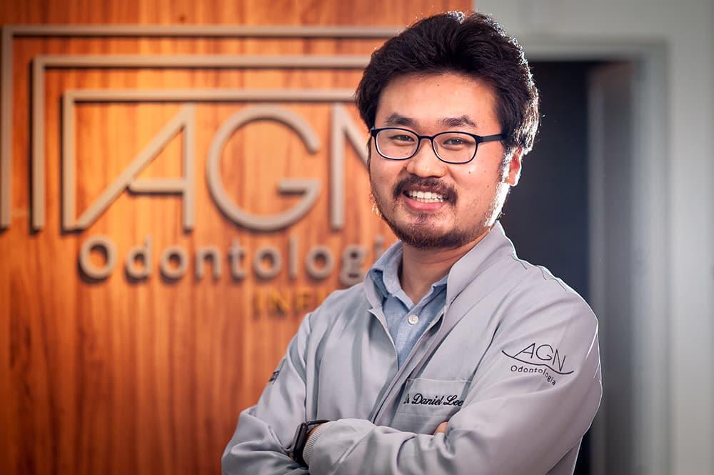 Dr. Daniel Lee